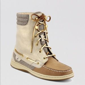 Women's Natural Lace Up Boots Hikerfish